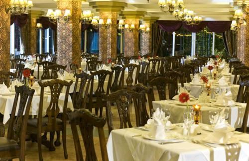 Hotel Delphin Botanik restaurant.JPG