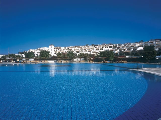 pool3_at_the_Sofitel_Sharm_El_Sheikh.jpg