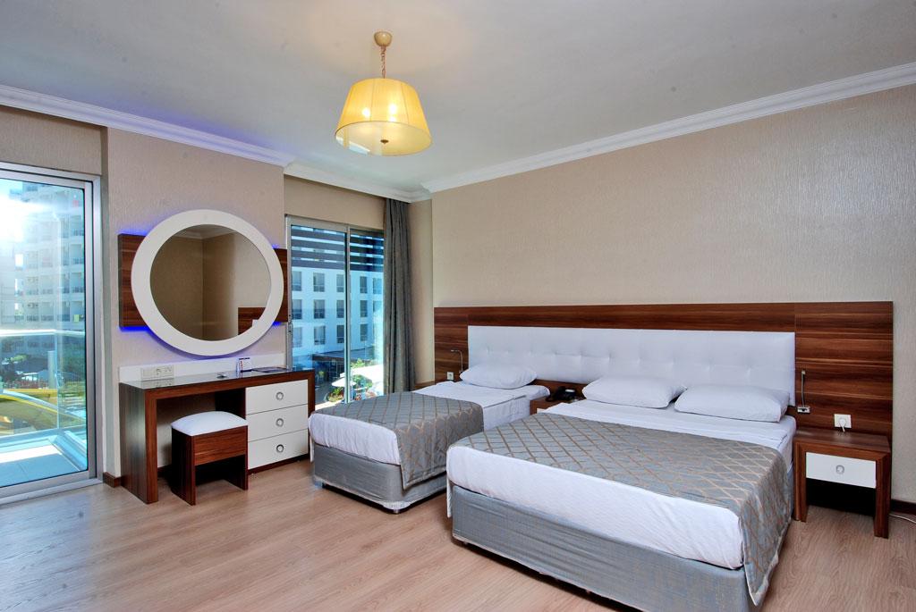 2grand_zaman_garden_hotel_standard_double_room_anex_building_02.jpg