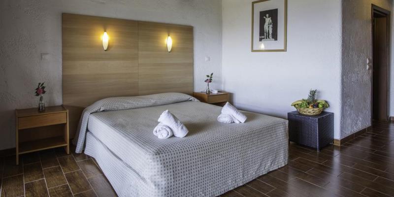 ACROSS BLUE BEACH HOTEL - GERAKINI (4).jpg
