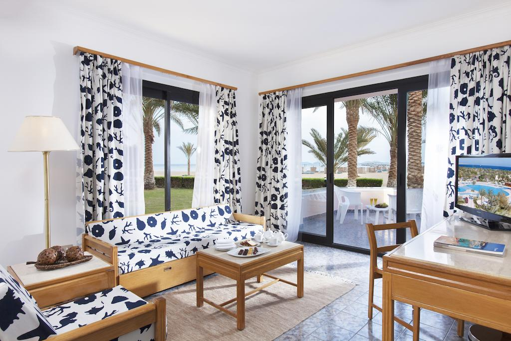 Sonesta Pharaoh Beach Resort 8.jpg
