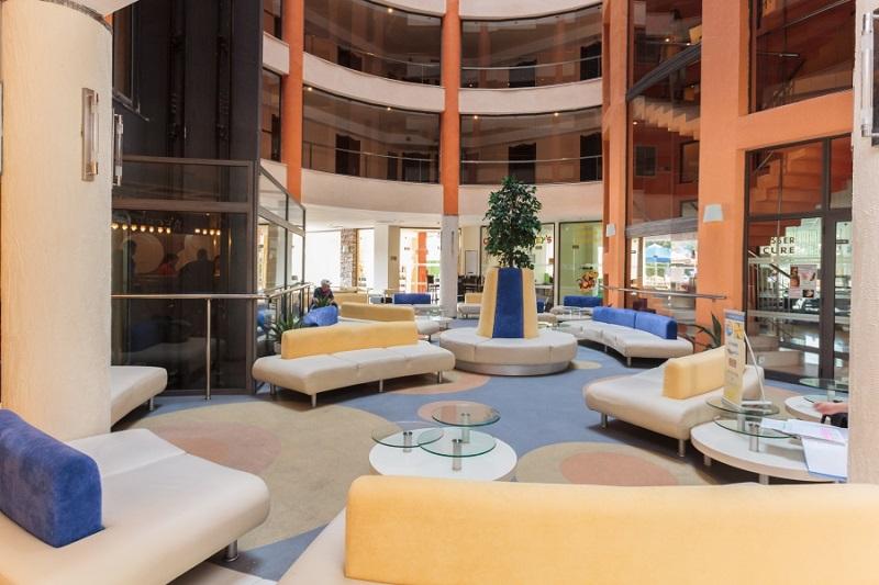Meridian-hotel-Lobby.jpg