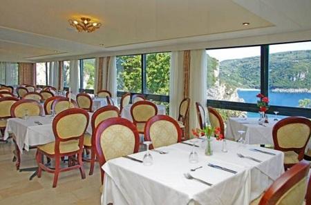 Restaurant Hotel Paleokastritsa.jpg