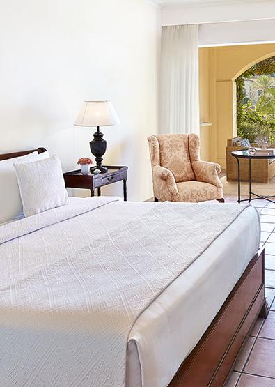 olympia-oasis-double-guestroom-side-sea-view-24424.jpg