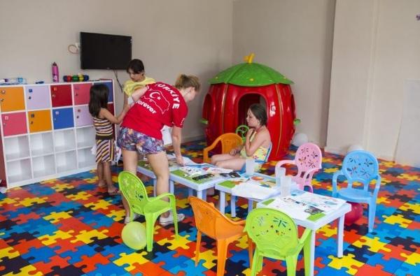 Side, Hotel Palm World Resort, loc de joaca pentru copii.JPG