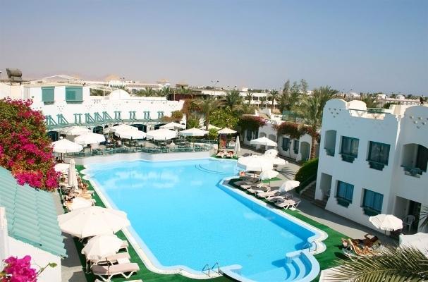 Sharm El Sheikh, Hotel Falcon Hills, piscina exterioara.jpg