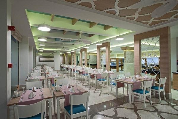 Bodrum, Hotel Voyage, interior, restaurant.jpg
