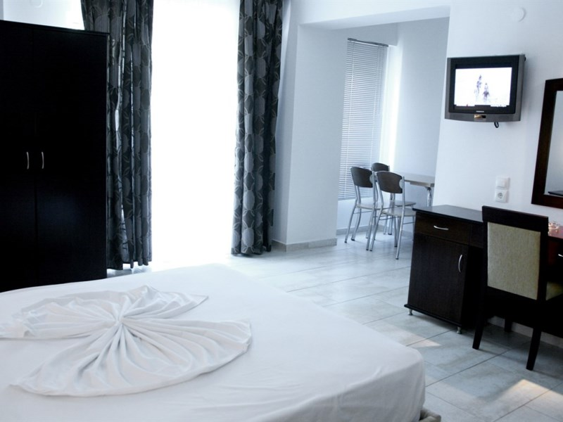 NAIAS HOTEL - HANIOTI (8).jpeg