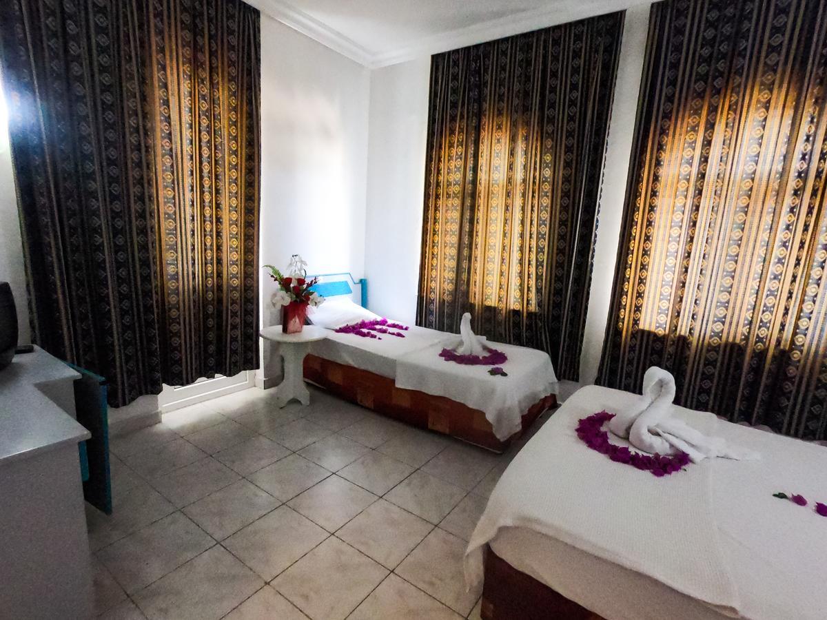 MARIN HOTEL  2.jpg