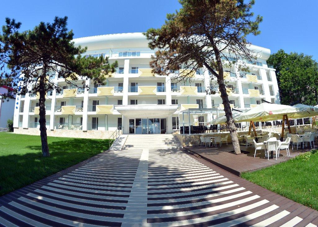 Hotel Mera Brise