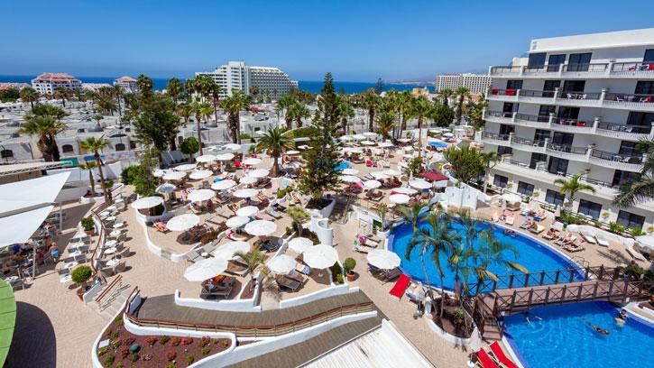 Vista-Piscina-Hotel-Tigotan_725x408_tcm18-11733.jpg