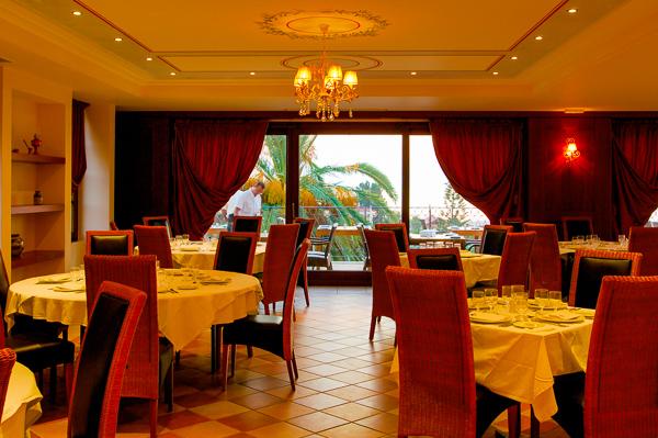 Corfu, Hotel Mitsis Roda Beach, restaurant.jpg