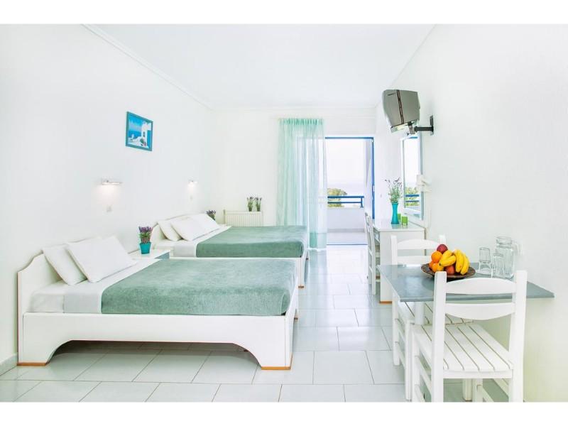XENISO PORT MARINA HOTEL camera.jpg