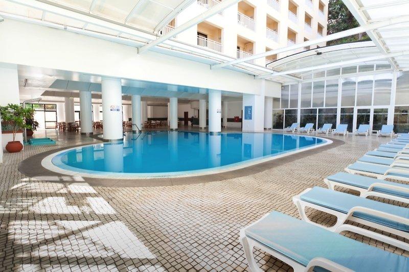 hotel-alto-lido-hallenbad-ho.jpg