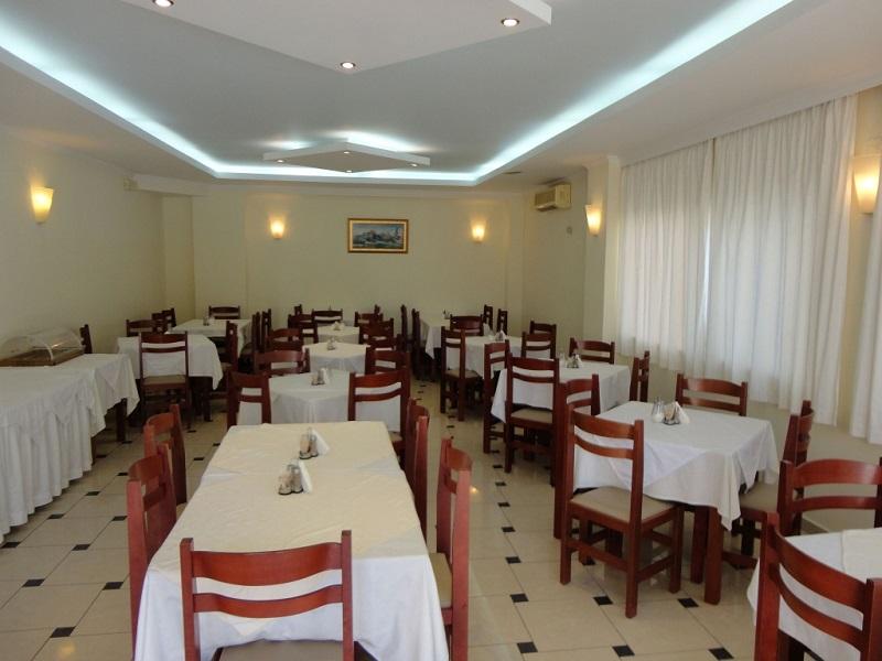 phoca_thumb_l_restaurant.jpg