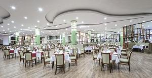 Main Restaurant 1.jpg