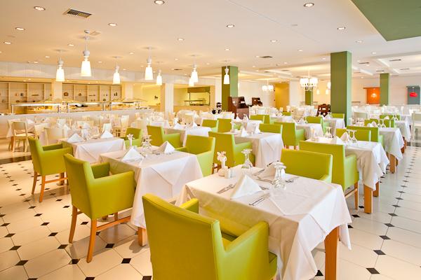 Kos, Hotel Blue Lagoon Village, restaurant interior.jpg