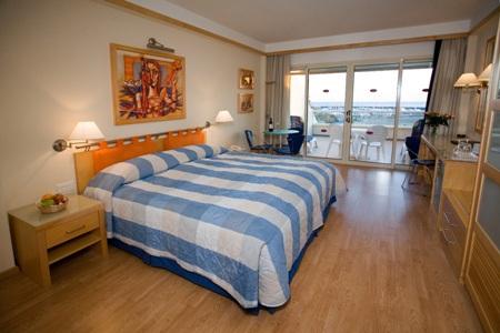cipru_limassol_hotel_st_raphael_resort_.jpg
