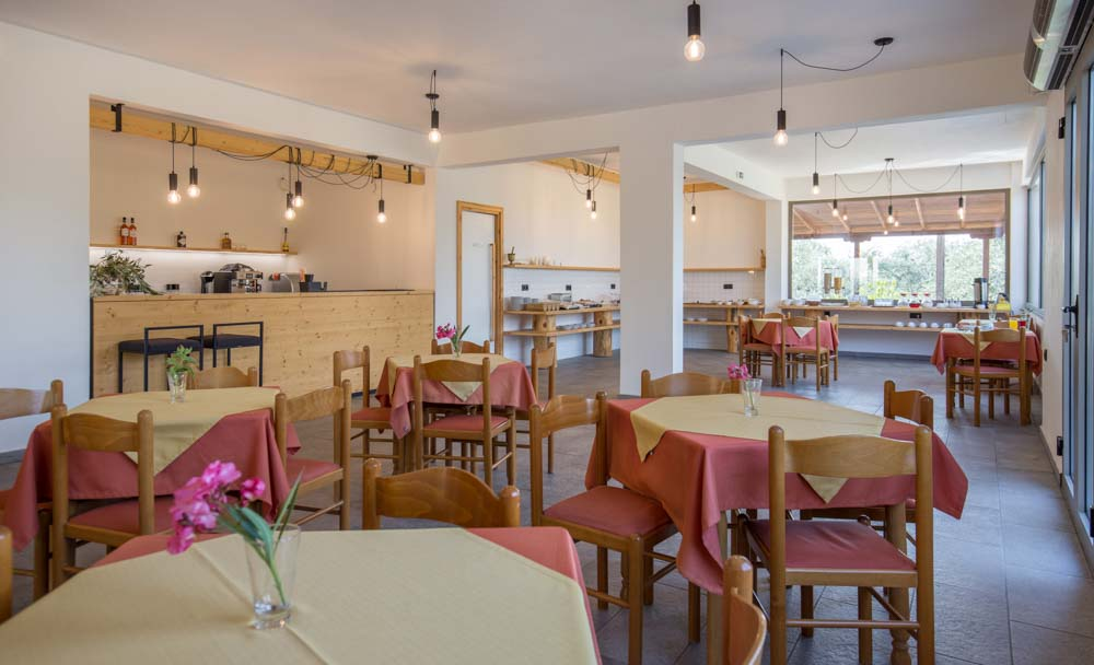 hotelfilippos-galleryrestaurant-8.jpg