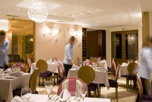 Hotel Olympion Sunset restaurant.JPG