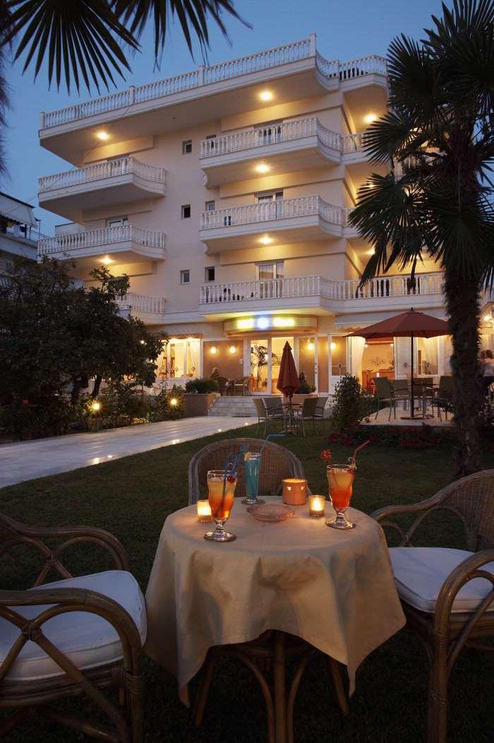 5199fb1c9bc88-Hotel_Ioni_Paralia_Katerini_Grecia_01.jpg