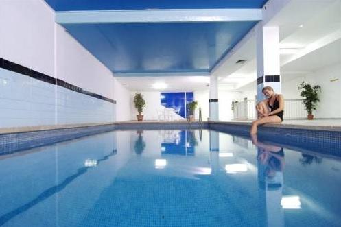 Pinero Tal, Mallorca, piscina interioara.jpg