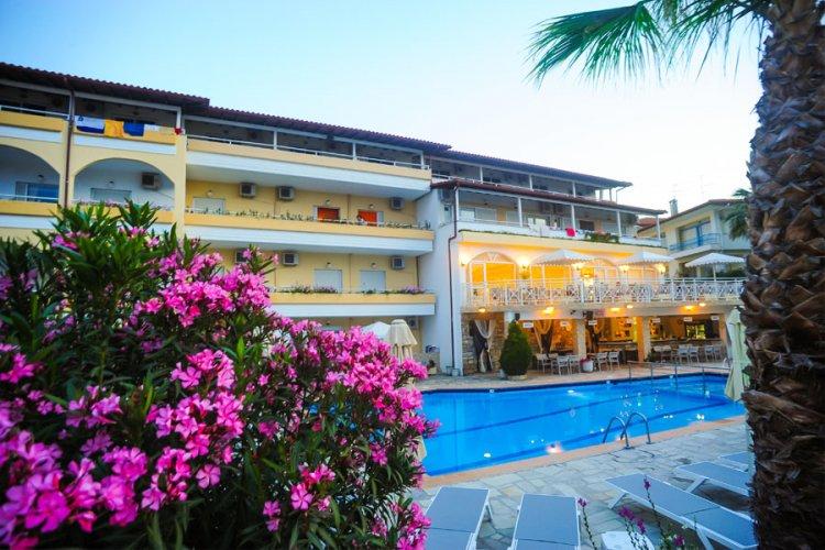 b_grecia_halkidiki_kassandra_hanioti_hotel_tropical_179283.jpg