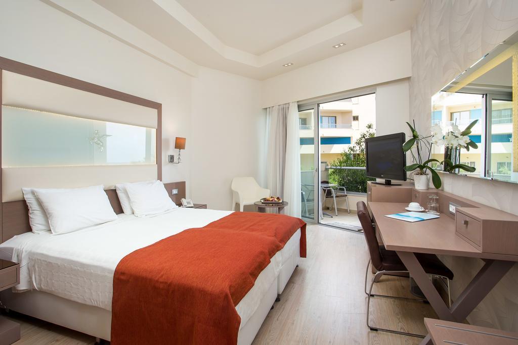 Pegasos Deluxe Beach Hotel4.jpg