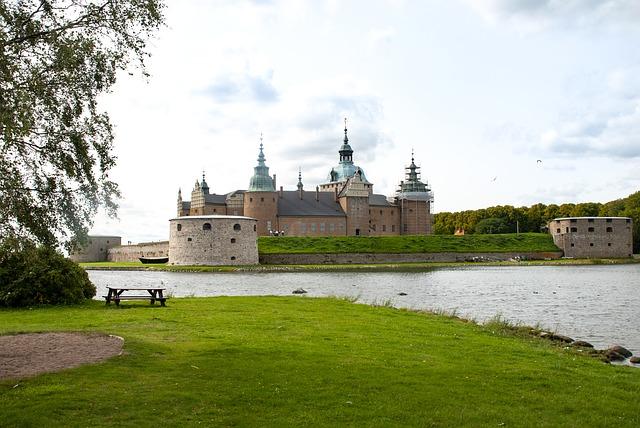 castle-4042887_640.jpg