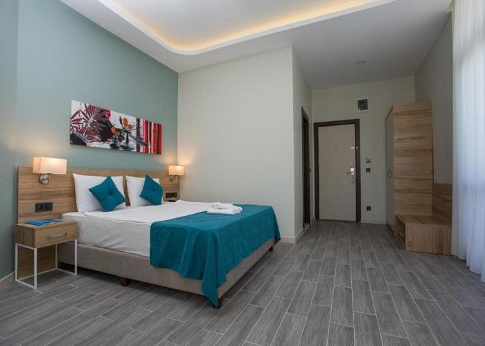 MARTI BEACH HOTEL 11.jpg