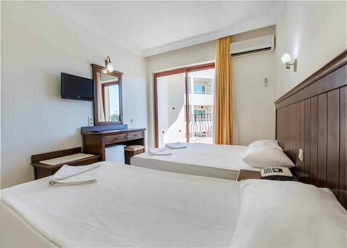 OZ SIDE HOTEL  3.jpg