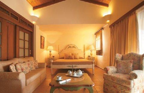 2631759-Corfu-Imperial-Grecotel-Exclusive-Resort-Guest-Room-2.jpg