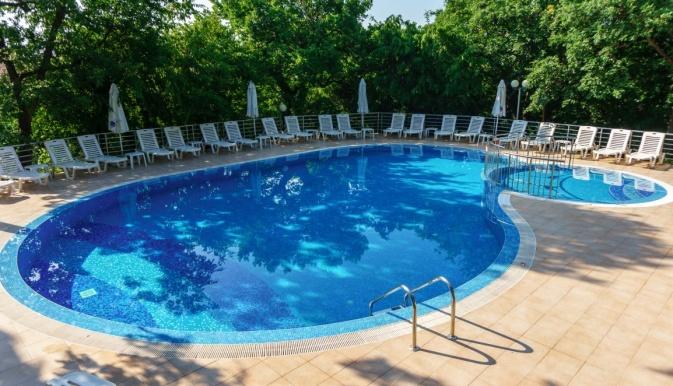 Odessos piscina 1.jpg