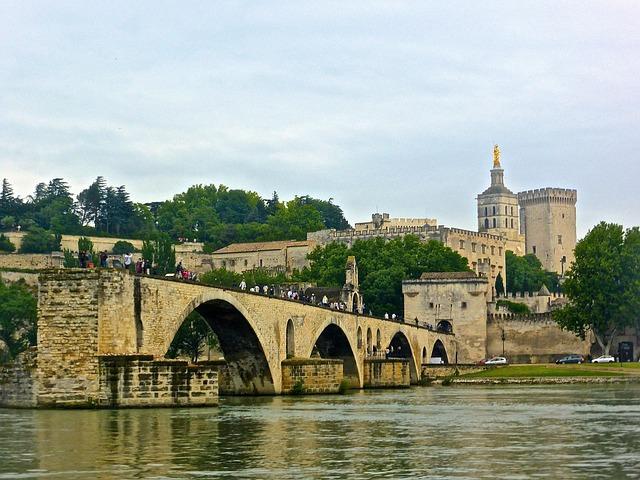 pont-avignon-996991_640.jpg