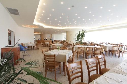 Hotel Marina restaurant.jpg