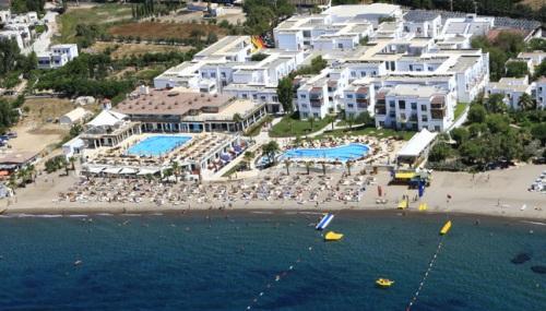 Hotel Armonia Holiday Village.jpg