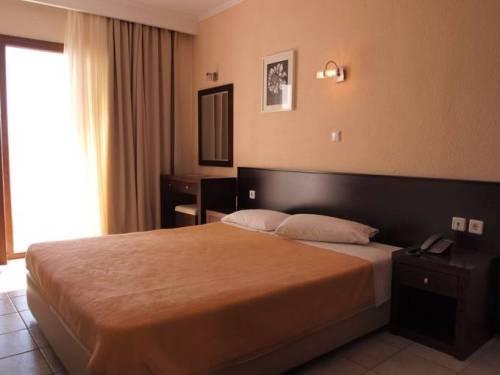 Hotel Akti Ouranoupoli camera dubla.jpg