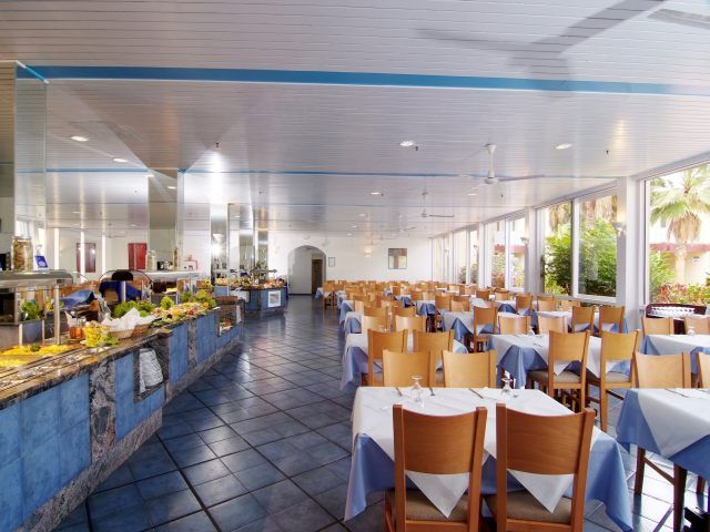 restaurant_at_the_Palia_Don_Pedro.jpg