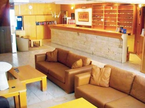 Receptie Hotel Thalia.jpg