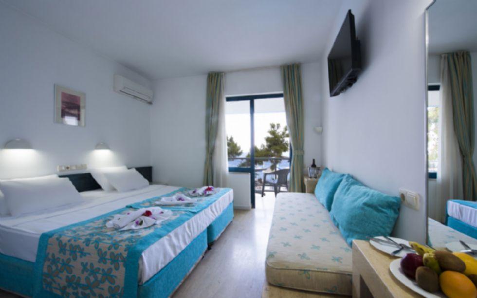 CLUB HOTEL RAMA 8.jpg