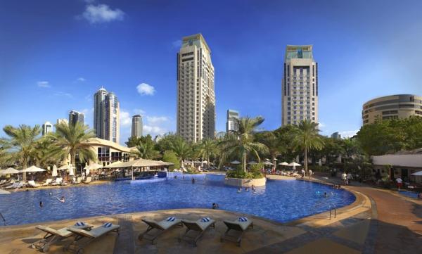 Dubai, Hotel Habtoor Grand, piscina, hotel.jpg