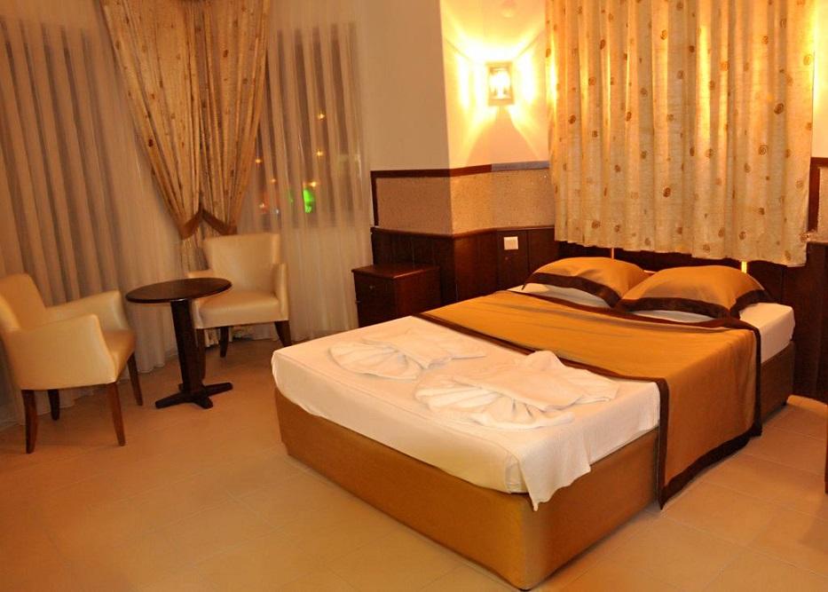 Alanya, Hotel Kleopatra Arsi camera 3.jpg