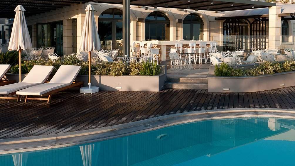 csm_SENTIDO-Aegean-Pearl-Hotel-Pool-2_ec0a3a5ba6.jpg