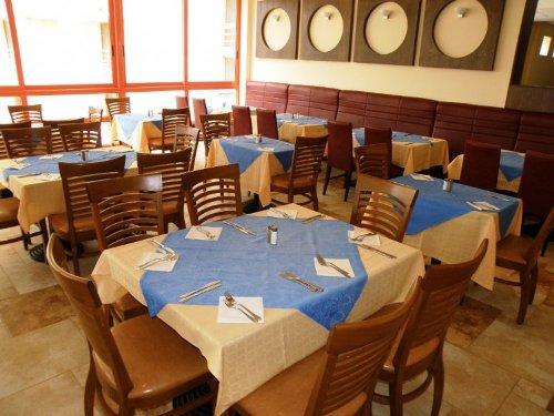Hotel Kaliakra Superior restaurant.jpg