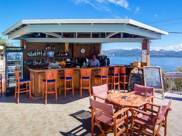 Anastasia Village, Lefkada, exterior, bar, masa.jpg
