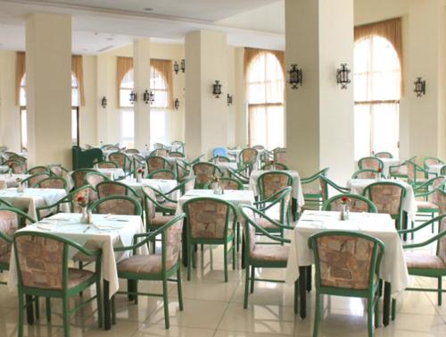 Hotel Lindos Village  restaurant.JPG