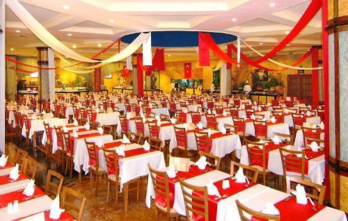 Hotel Stone Palace restaurant.JPG