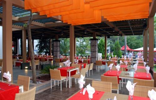 Hotel Club Salima restaurant.jpg