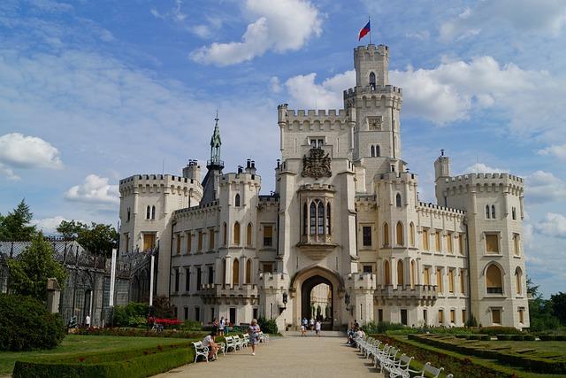 castle-5059270_640.jpg