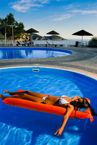 Corfu, Hotel Akrotiri Beach, piscina exterioara.jpg
